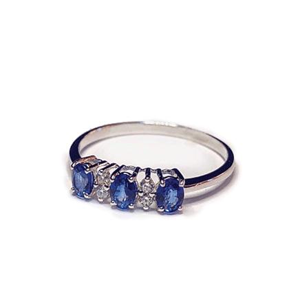 Anello con tre zaffiri e diamanti Casa Torelli