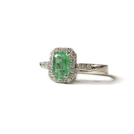 Solitario quadrato con smeraldo e diamanti Casa Torelli