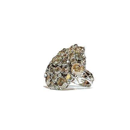 Anelli con pavè di diamanti
